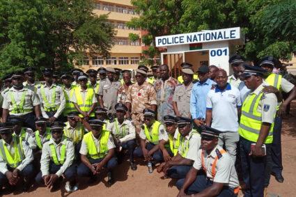 Ouagadougou/Sécurité routière: L'UNAPOL offre du matériel de protection aux agents de police